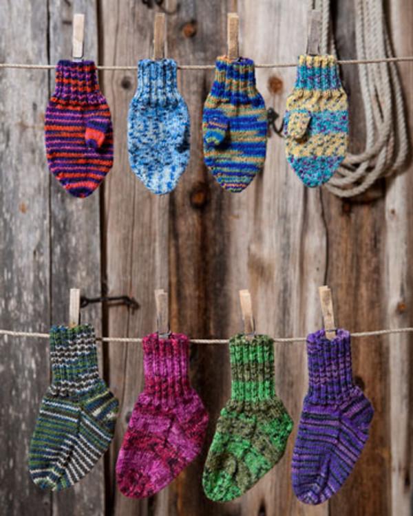 Strikkeoppskrift Babyvotter og sokker