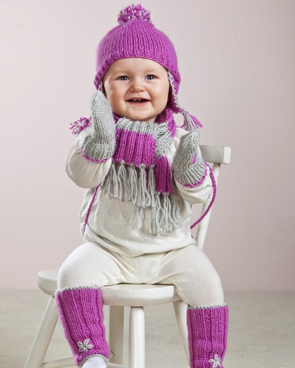 Strikkeoppskrift Baby- og barnesett