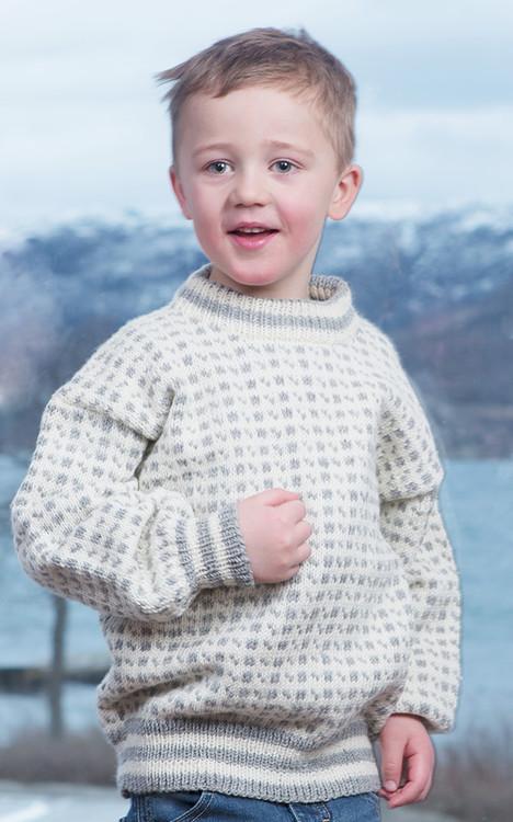 Lapsen pusero ja sukat