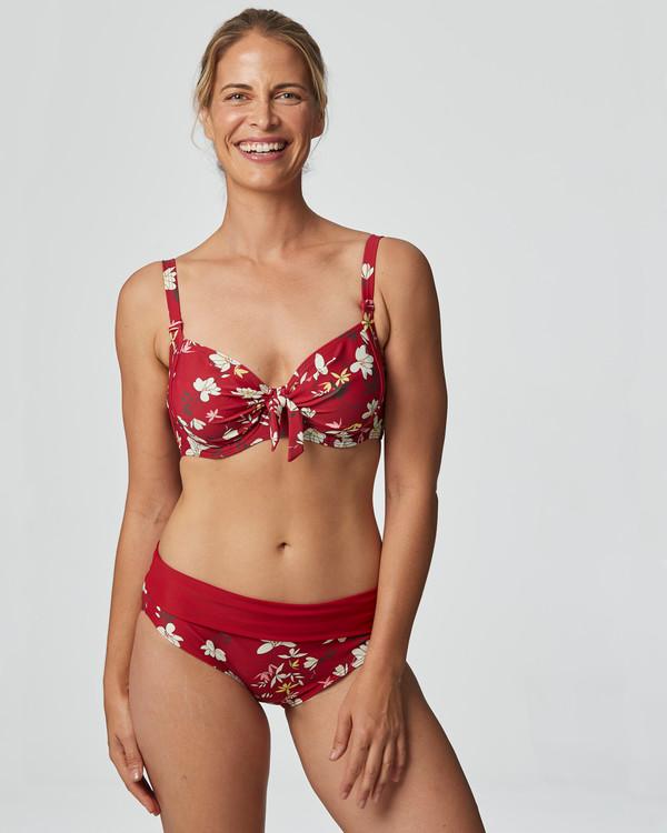 Bikinitrosa Malaga
