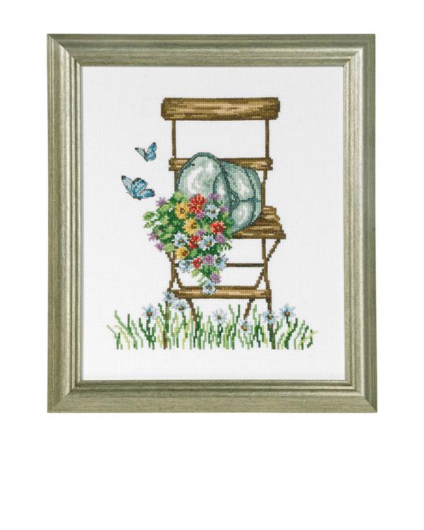 Bild Stuhl mit Blumen