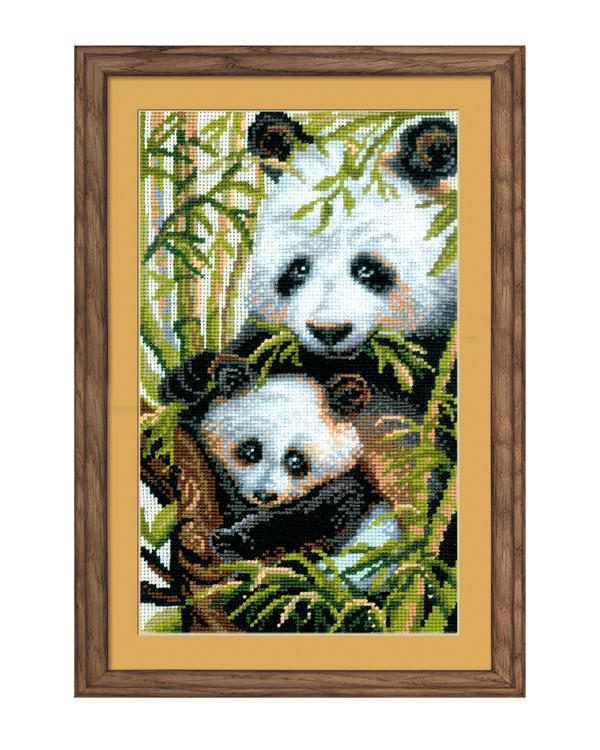 Taulu Panda ja poikanen