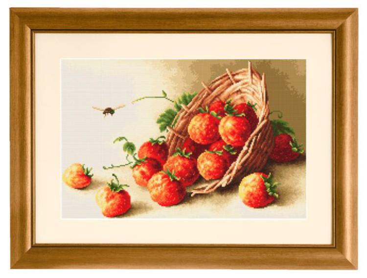 Broderikit Tavla En korg med jordgub