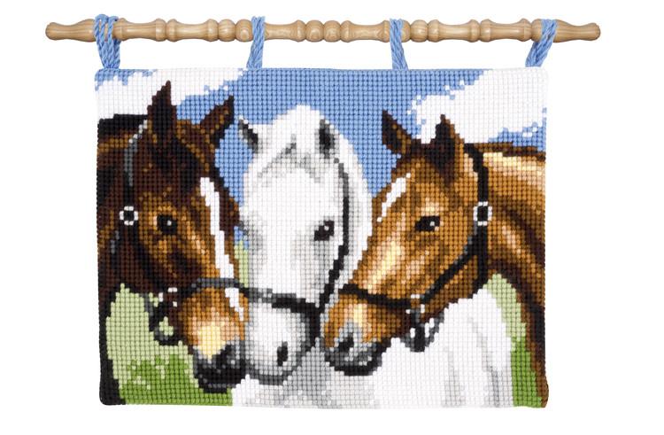 Veggteppe Hestekompiser