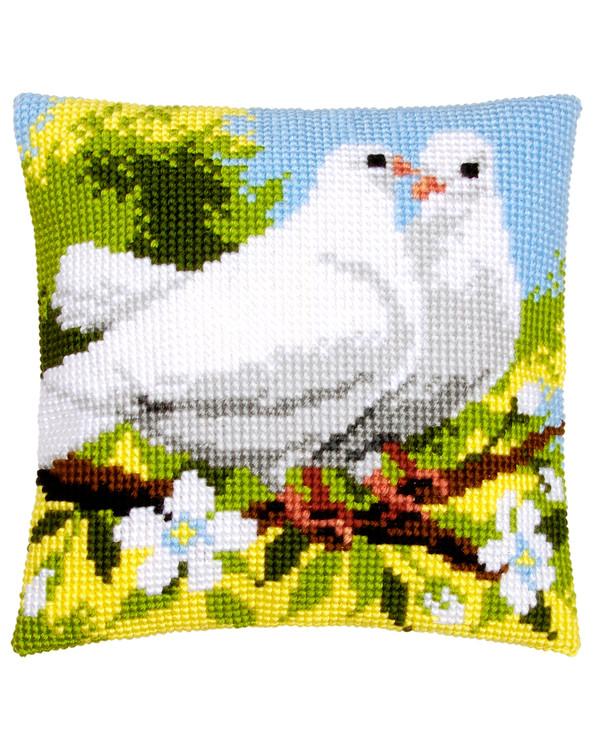 Tyynynpäällinen Valkoinen kyyhkyset