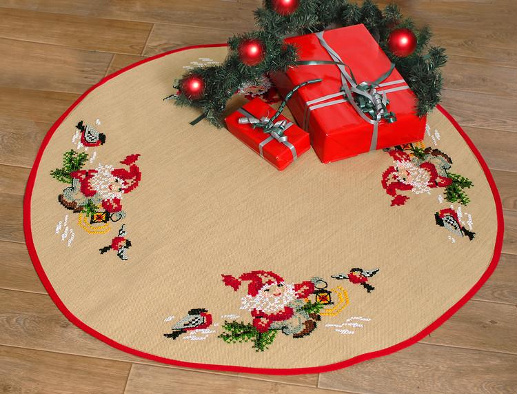 Stickpackung Tannenbaumdecke Weihnachtsmann und Dompfaffen