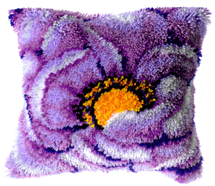 Knüpfkissen Lila Blumen