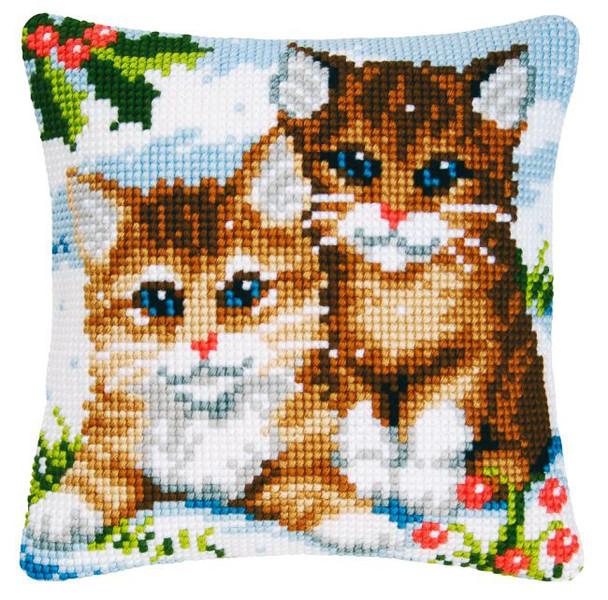 Tyynynpäällinen Kissat lumessa