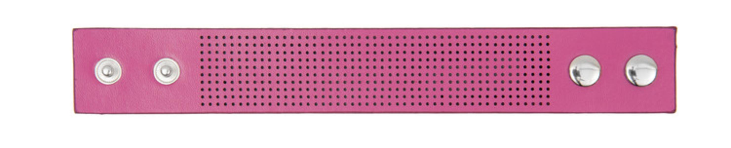 Armband rosa utan garn och mönster
