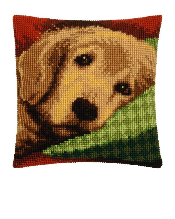 Tyynynpäällinen Lepohetki sohvalla