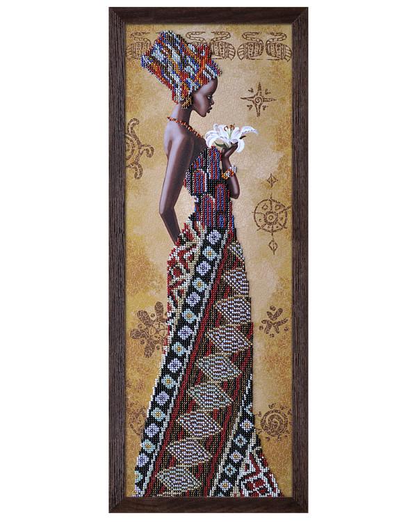Helmikirjomus Afrikkalainen nainen liljan kanssa