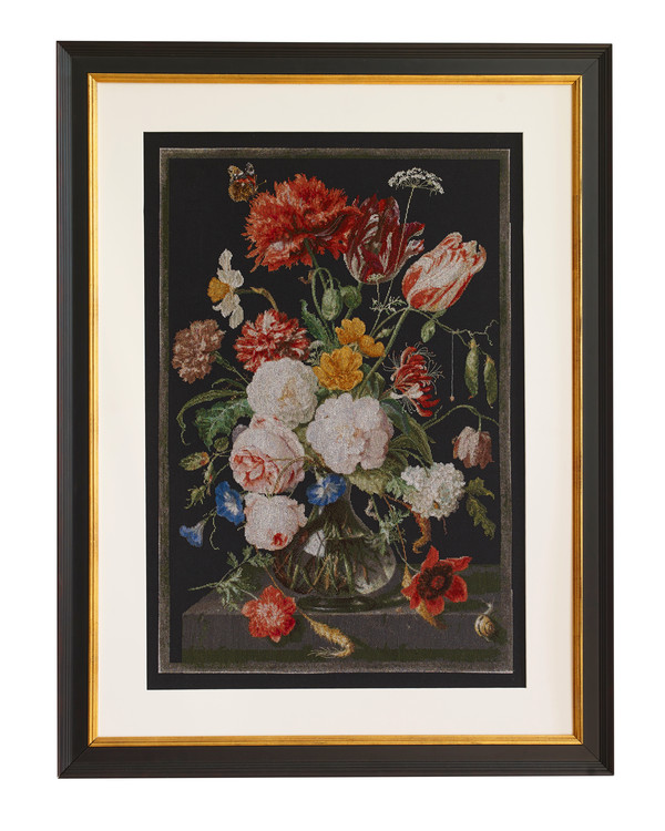 Bilde Stilleben med blomster i glassvase på svart