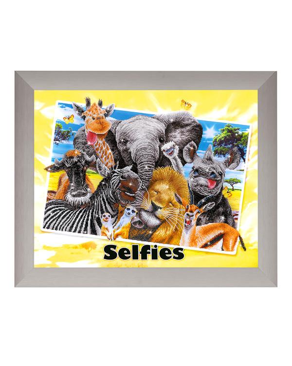 Diamond Dotz Safari selfie