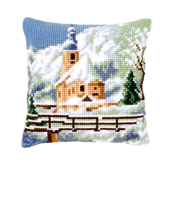 Tyynynpäällinen Luminen kirkko