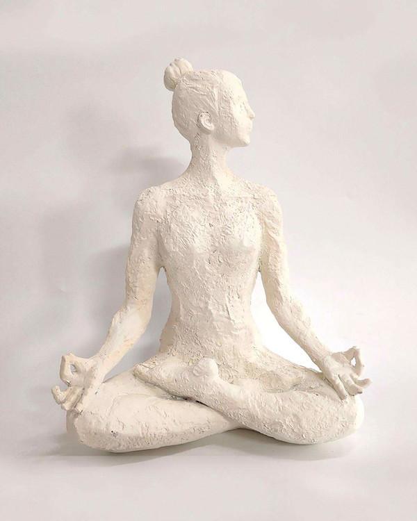 Koriste Yoga Etenia