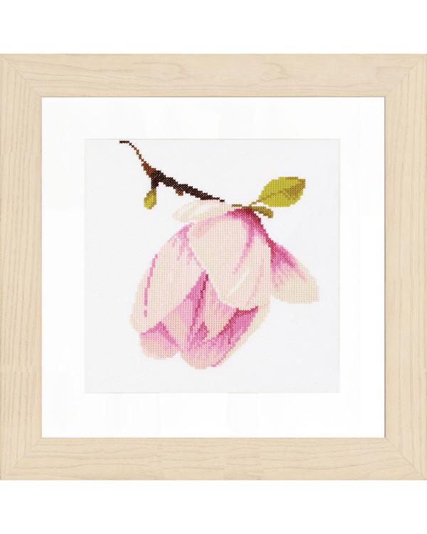 Broderikit Magnolia bud