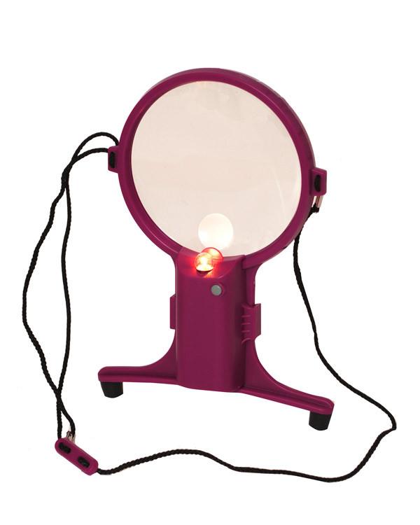 Förstoringsglas med ljus